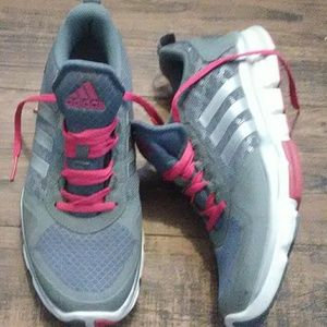Adidas NB womans running shoes